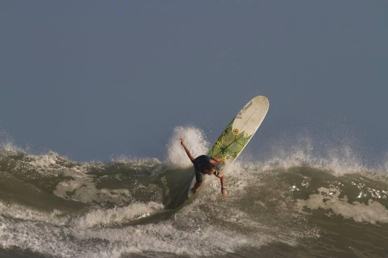 Watching Tony Silvagni: A Professional Longboard Surfer on ASP Tour
