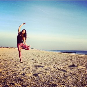 smm_yogaChallenge_MGline_legging01_tree