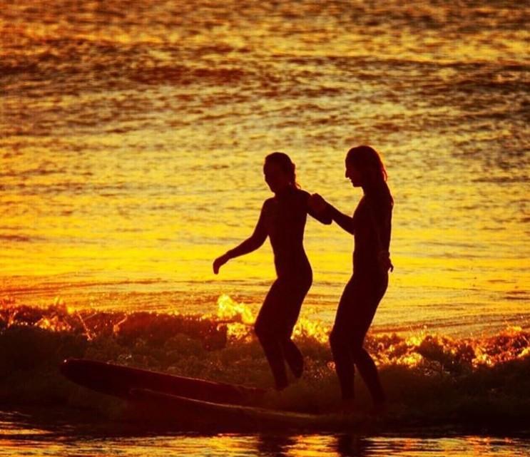 smm_surfgirls_mrsspoy