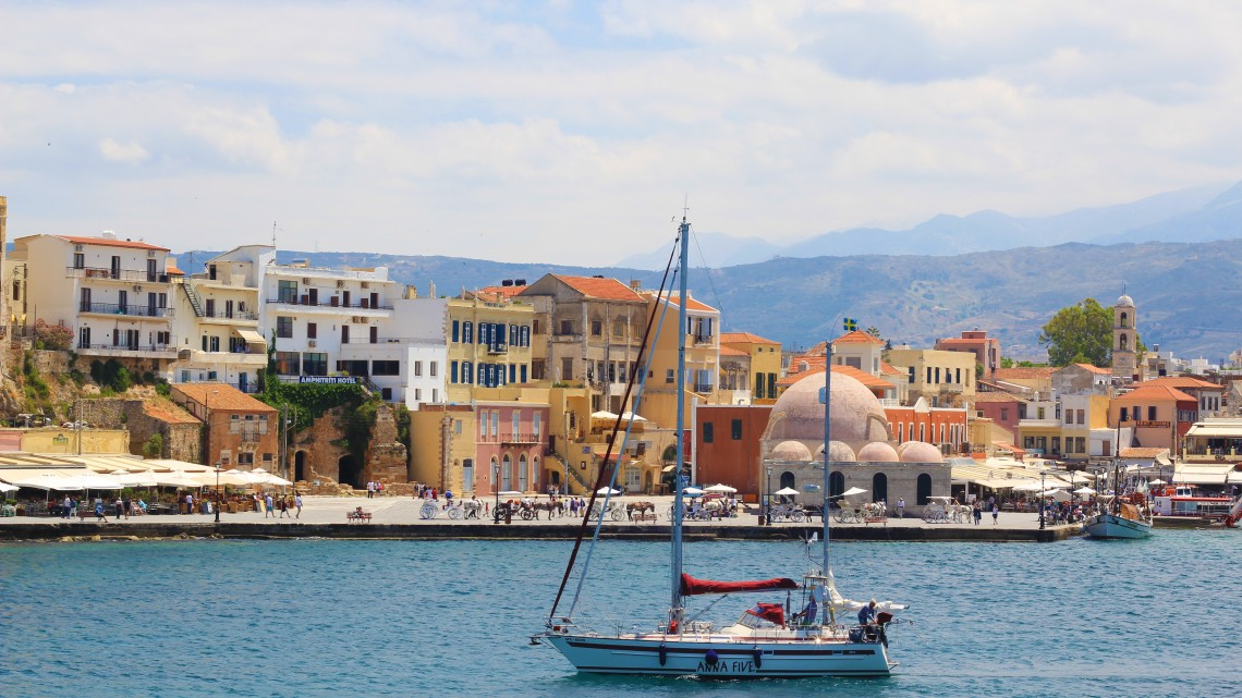crete53115_oldtown_sailboattown